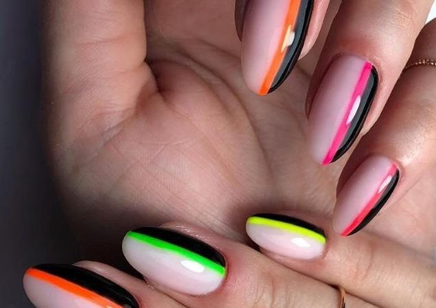 Don't Get Tangled Up, Choose Simple And Generous Short Gradient Nails In Spring And Summer 2020