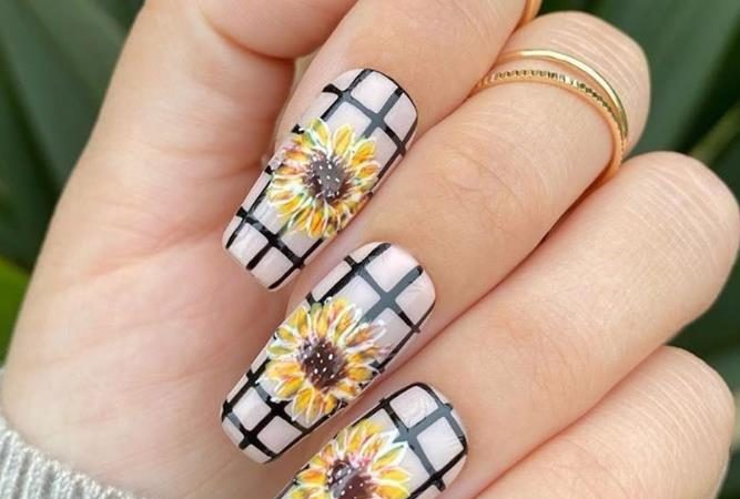 Confident And Vibrant Sunflower Coffin Nails Art Designs In This Summer