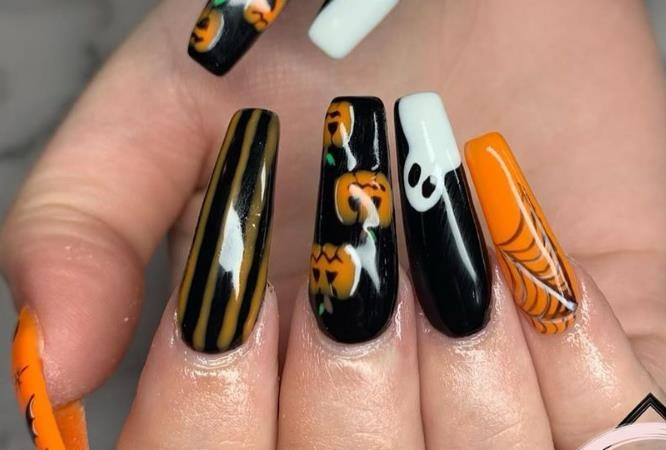 38 DIY Design Of  Coffin Nails For Halloween