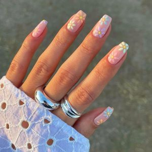 26 Spring Acrylic Nail Art  Designs to Try This Year