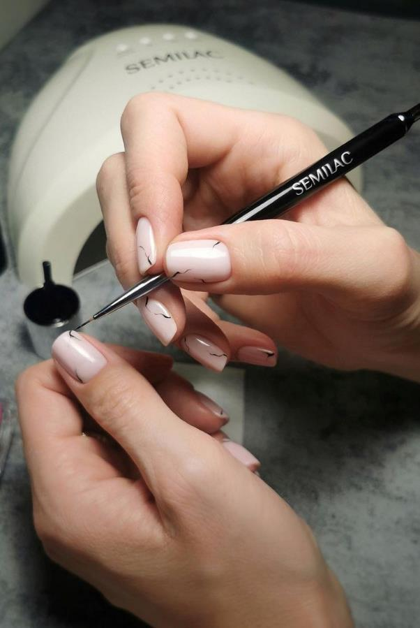 In The Summer, You Can Try These Short Nail Designs