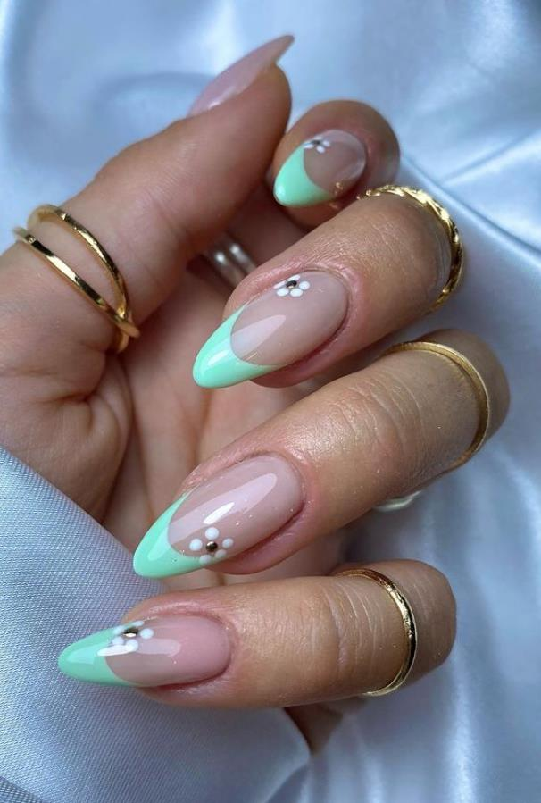 52 Amazing French Tip Nail Art Designs in the Summer of 2021
