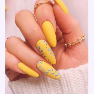 43 Stunning Yellow Nail Designs to Brighten Up Your Day in April
