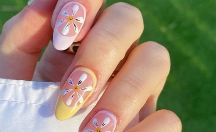 30 Beautiful almond shaped nails for summer nails 2021