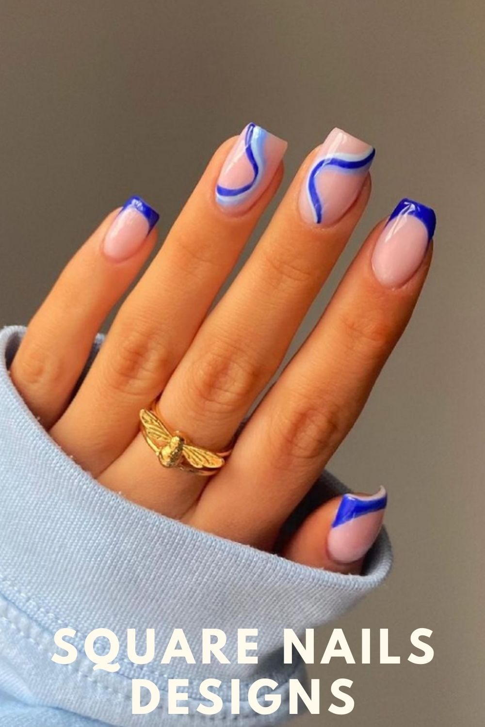 Glamorous nails in dark blue and light blue