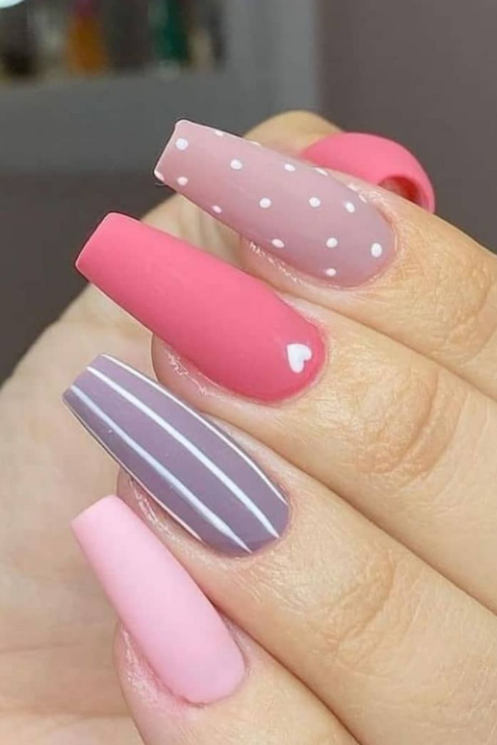 Perfect Coffin Acrylic Nail Design in Summer Nail Art 2021