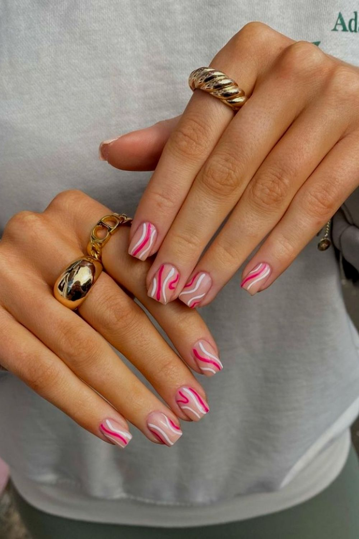 Squae nails