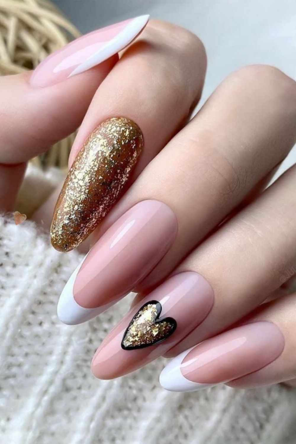 33 Beautiful and Cute Prom Nails for Your Big Night