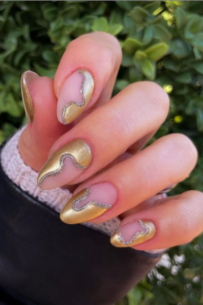 Stunning Almond Shape Nail Design for Summer Nails