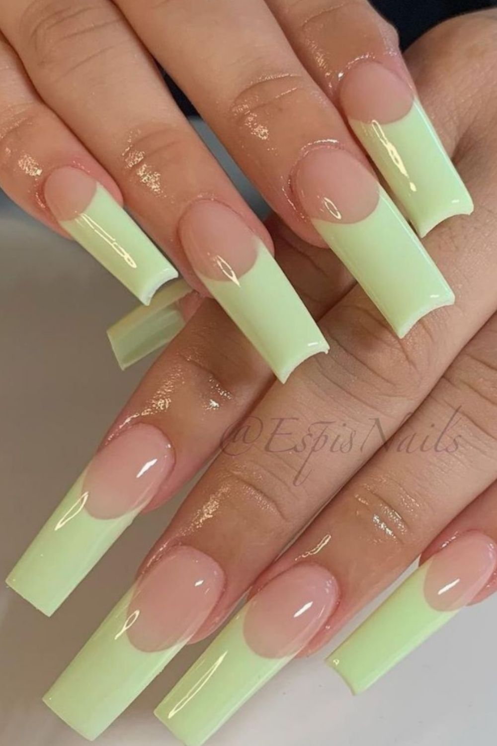 High Gloss Gold and Tailored Rhinestone Nail Art Coffin Nails