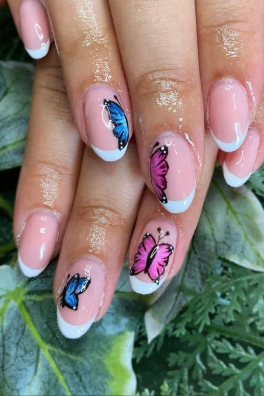 Short almond nails art