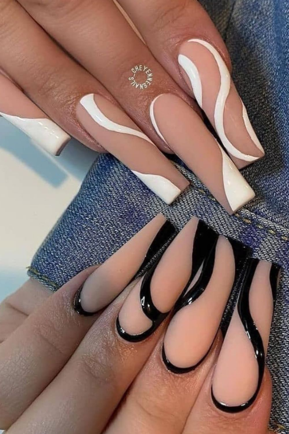 Matte, white and pink coffin nails