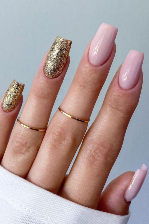 Nails acrylic summer