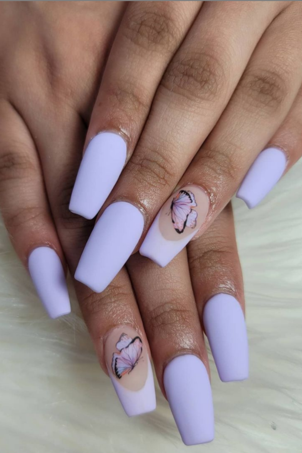 Purple butterfly nails look chic and incredibly elegant