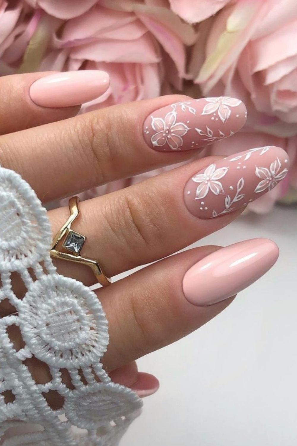 Pink almond nails with flowers