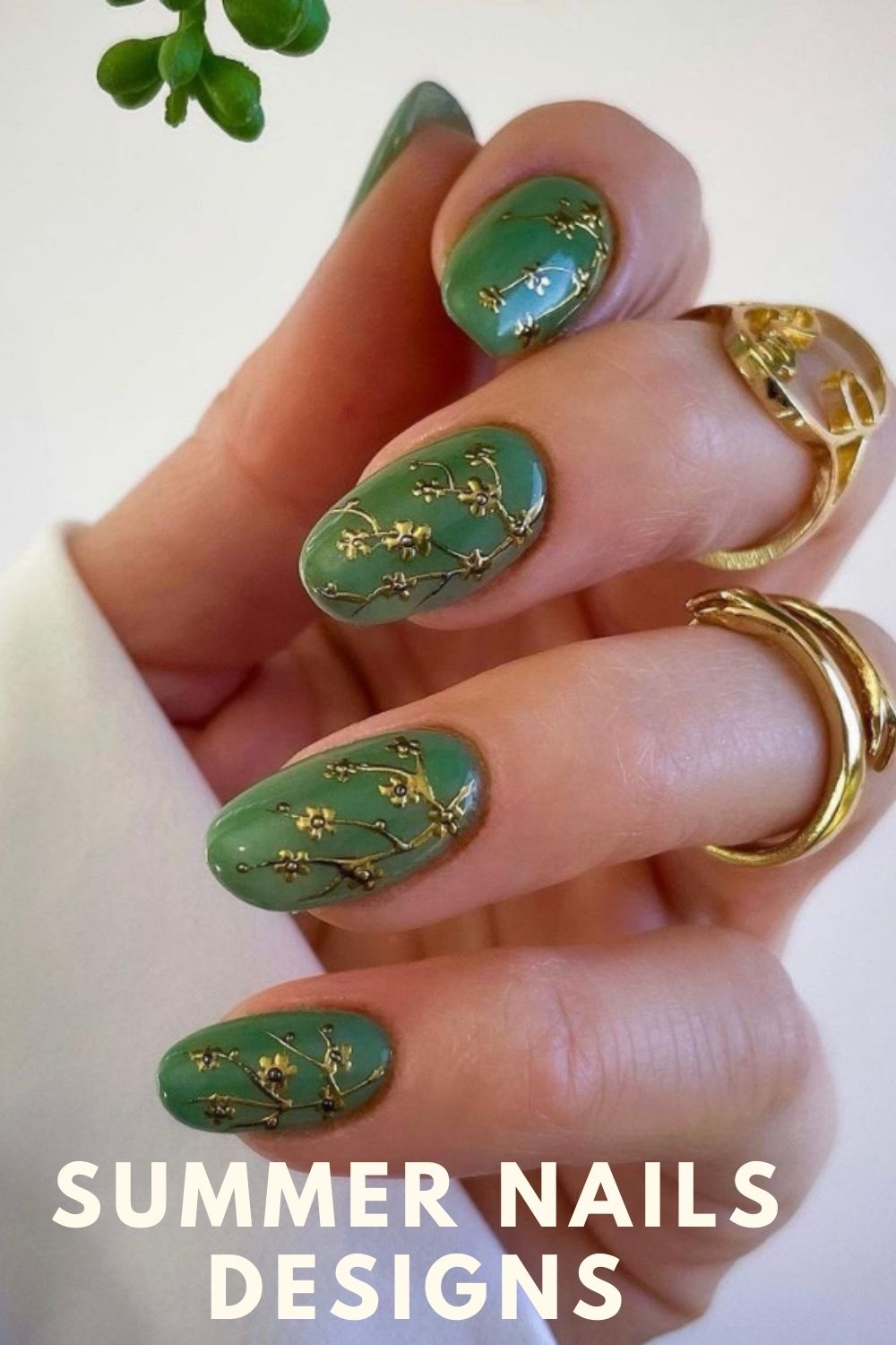 Green short almond nails for summer