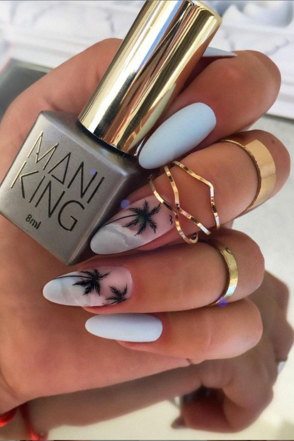 Best Trendy Almond-Shaped nails To Try In These Summer
