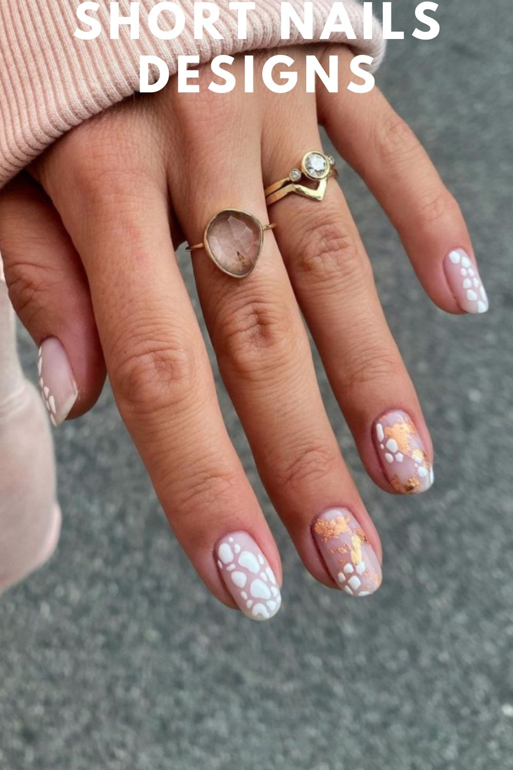 Gold and white short nails art