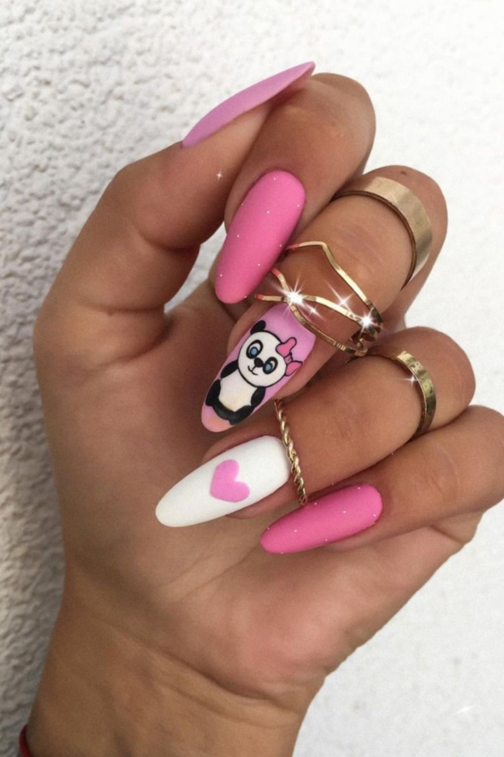 Almond shaped nails 2021 trendy summer