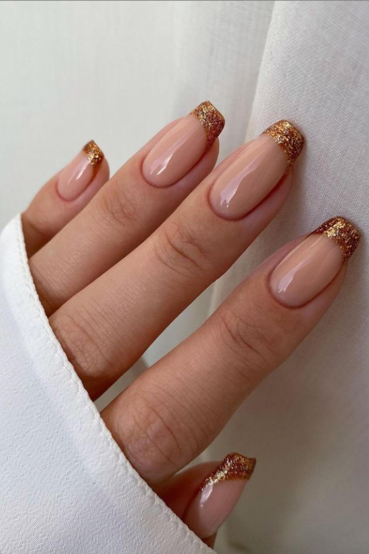 Glitter tip coffin nails art