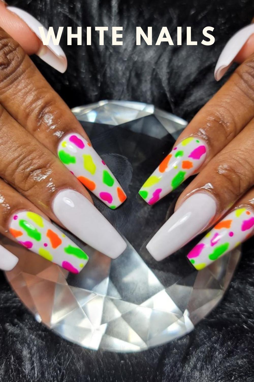 Elegant White Nails Ideas For Autumn 2021