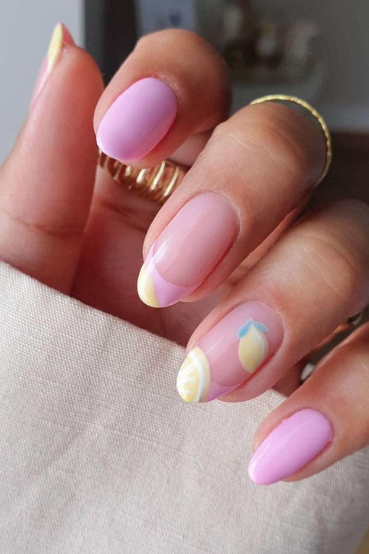 Pretty Acrylic Almond Nails Design