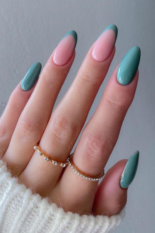 Summer almond nails art
